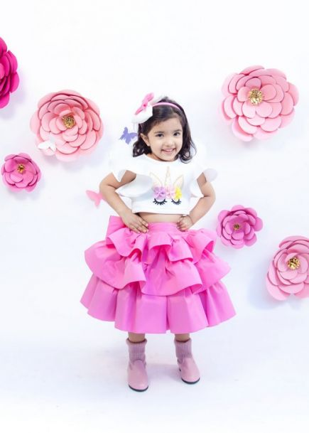 Fayon Kids Off White Unicorn Top With Pink Skirt