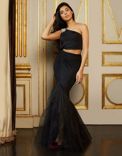 Pernia Qureshi Brands Gown